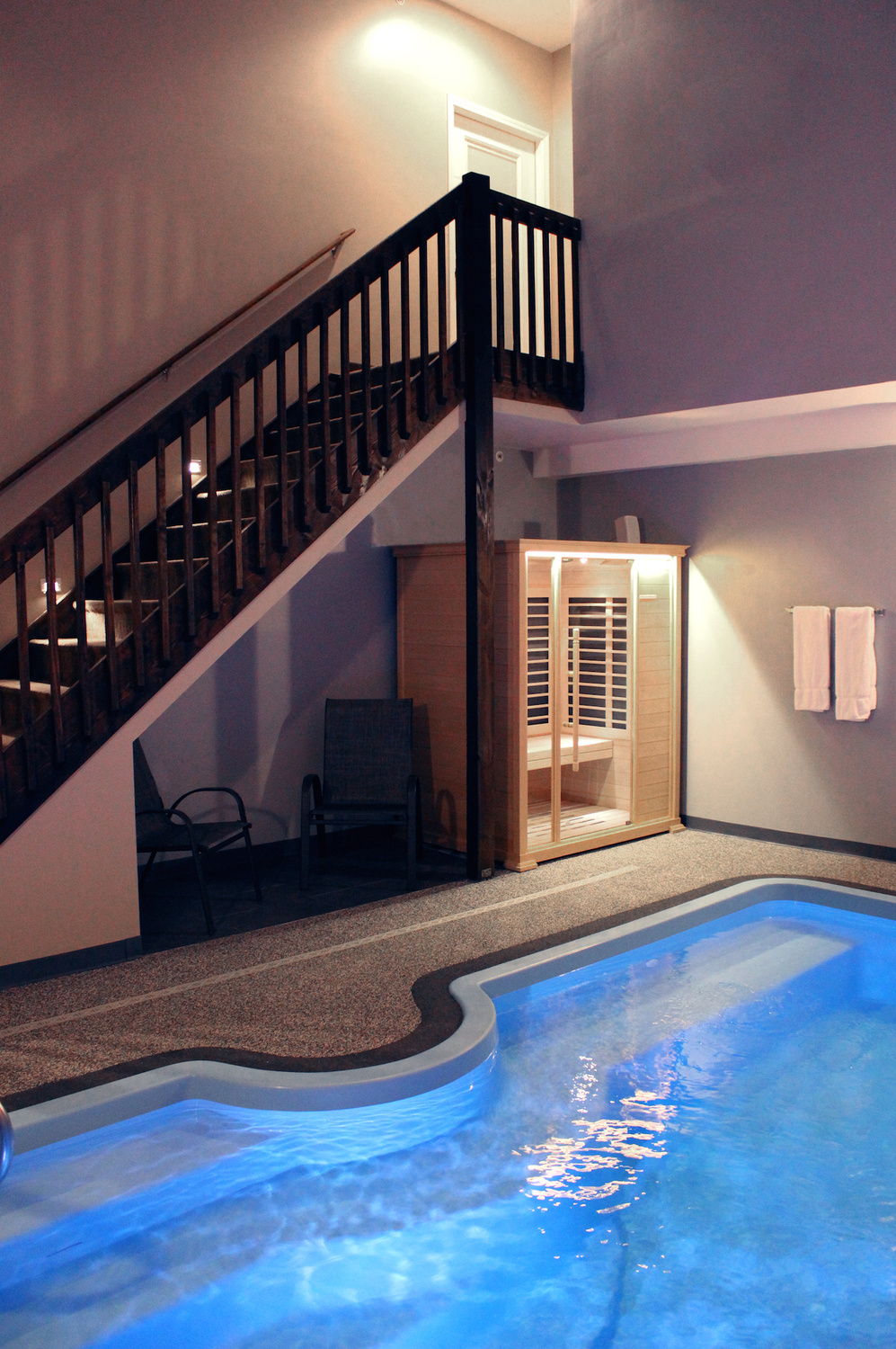 The Grand Royal Swimming Pool Suite Belamere Suites Hotel